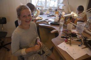 Guldsmedens arbejde - smykkekursus - Vraa Hojskole - 30
