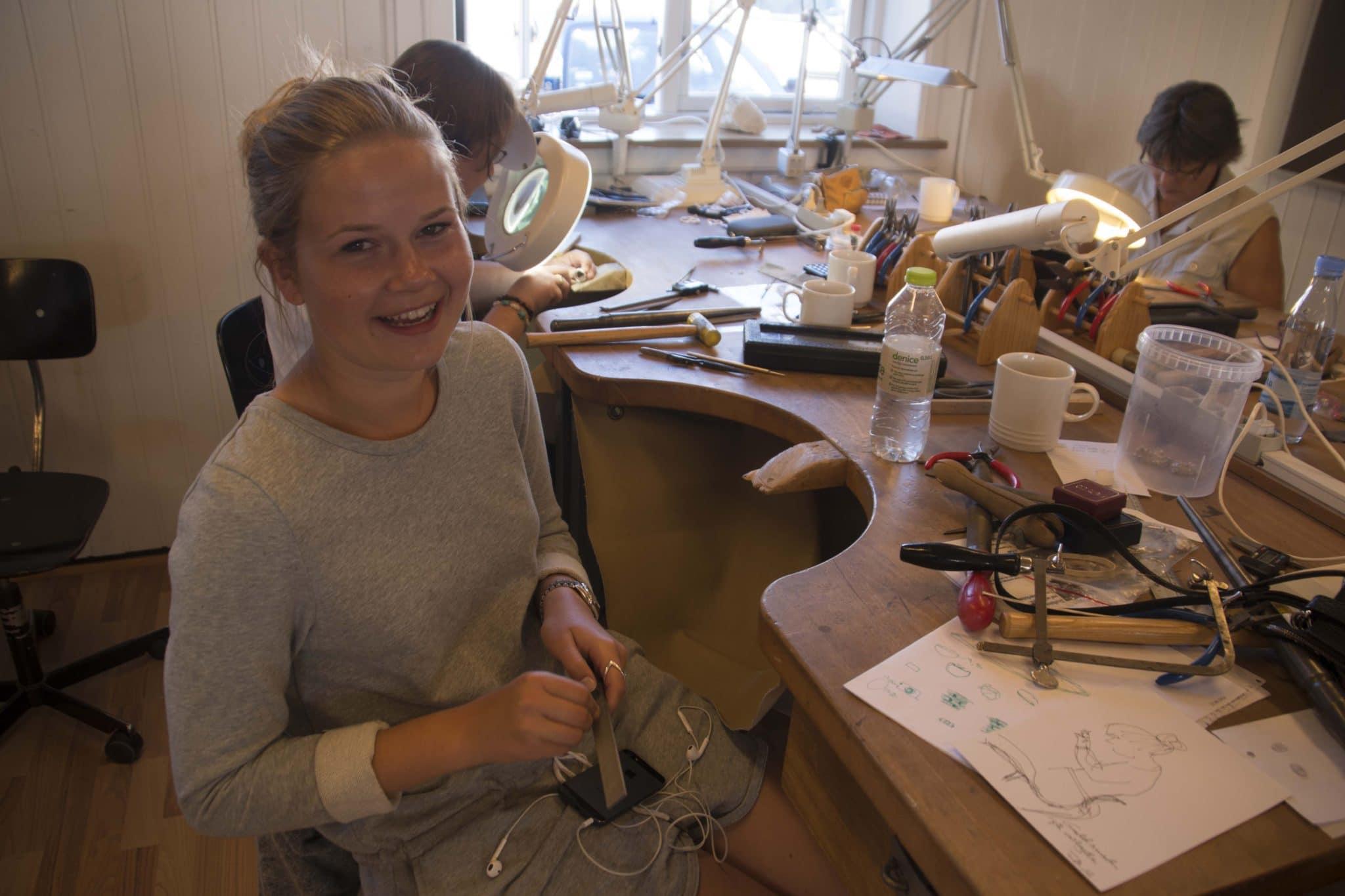 Smykke kursus - Lær at lave smykker med guldsmedens arbejdsmetoder