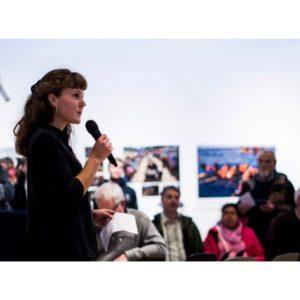 Marie Bentzon åbner Årets Pressefoto udstillingen på Vrå Højskole