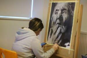 Kæmpe blyant tegning i billedværksted