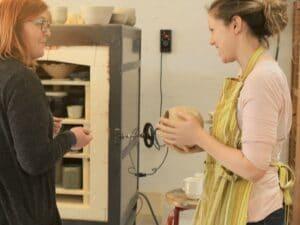 Lær Ler drejning og Keramik på Vrå højskole