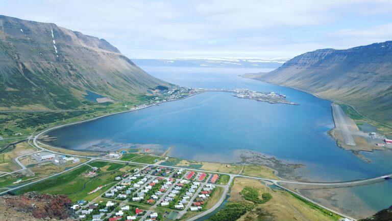 Rejsekursus - 5 dage på højskole + 8 dages rejse til Island 1